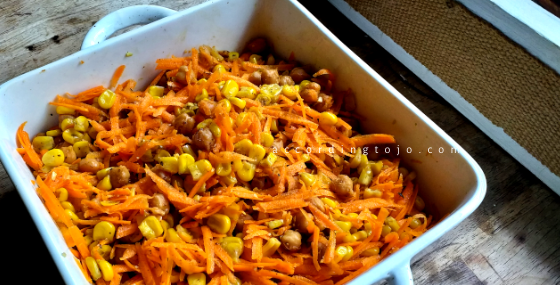 salad - three-ingredient - easy recipe - carrots - sweetcorn - chickpeas - accordingtojo.com